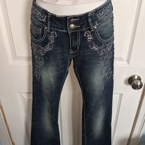 Boot cut Blingy jeans size 3 fits like a 2